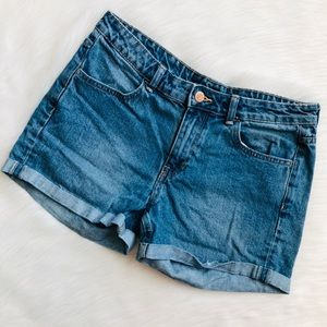 H&M Divided Mom Jeans - size 8